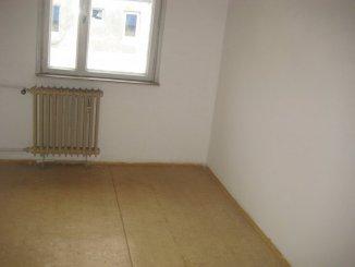 vanzare apartament semidecomandat, zona Casa de Cultura, orasul Constanta, suprafata utila 48 mp