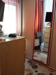 vanzare apartament cu 3 camere, semidecomandat, in zona Salvare, orasul Constanta