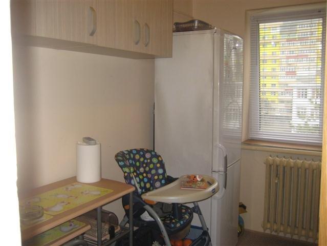 Apartament cu 3 camere de vanzare, confort 3, zona Tomis Nord,  Constanta