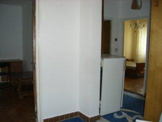 vanzare apartament decomandat, zona Gara, orasul Constanta, suprafata utila 69 mp
