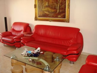 Apartament cu 3 camere de vanzare, confort Lux, zona Poarta 6,  Constanta
