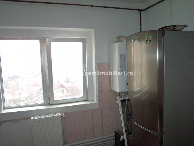 vanzare apartament decomandat, zona Pod Butelii, orasul Constanta, suprafata utila 70 mp