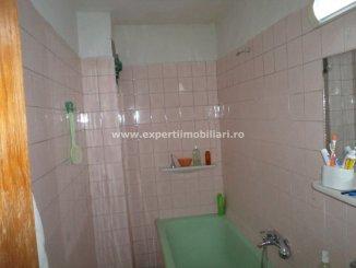 Apartament cu 3 camere de vanzare, confort Lux, zona Pod Butelii,  Constanta