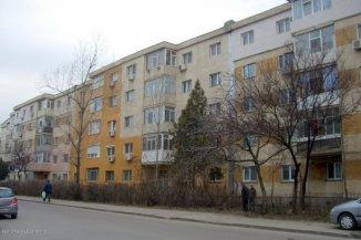 vanzare apartament cu 3 camere, decomandat, in zona Tomis Nord, orasul Constanta