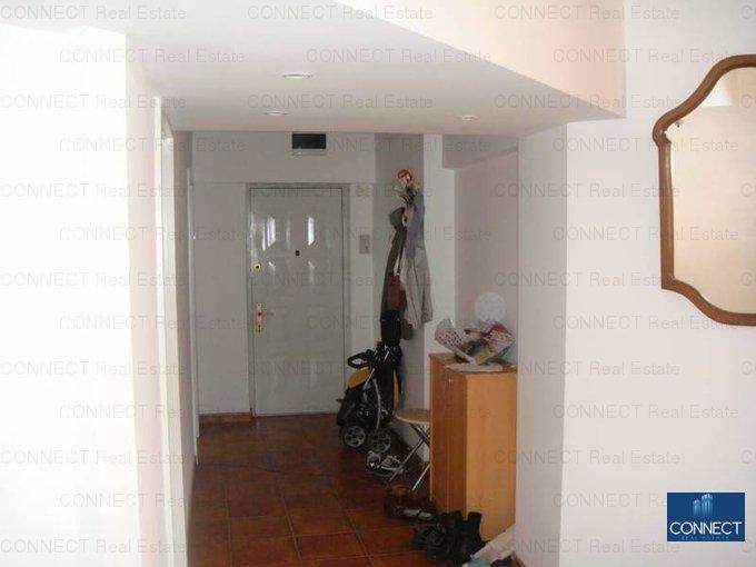 inchiriere apartament cu 3 camere, decomandat, in zona Trocadero, orasul Constanta