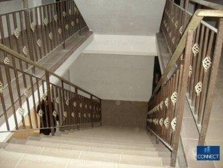 vanzare apartament cu 3 camere, decomandat, in zona Km 4, orasul Constanta
