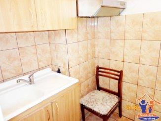agentie imobiliara vand apartament decomandat, orasul Navodari