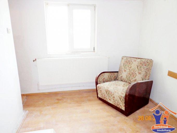 vanzare apartament cu 3 camere, decomandat, orasul Navodari
