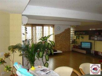 vanzare apartament cu 3 camere, decomandat, localitatea Mamaia
