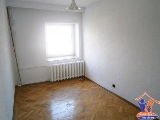 Apartament cu 3 camere de vanzare, confort Lux, zona B-dul Mamaia,  Constanta