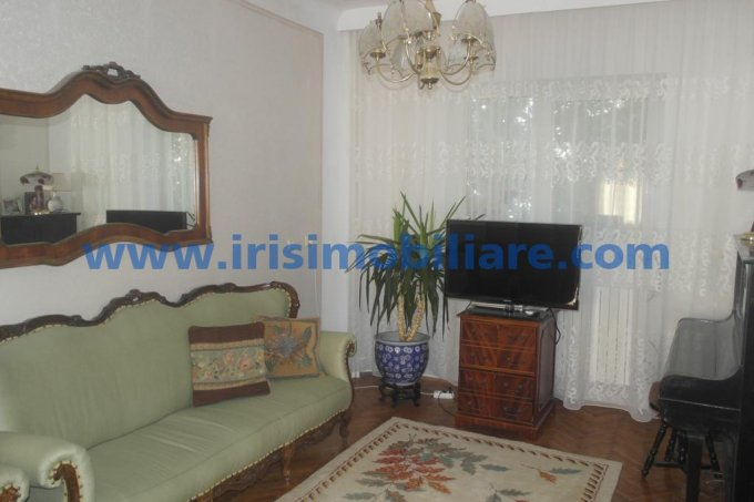 Apartament cu 3 camere de inchiriat, confort Lux, zona Centru,  Constanta