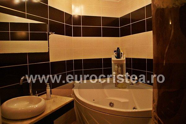 Apartament cu 3 camere de inchiriat, confort Lux, zona Rezidential,  Mangalia Constanta