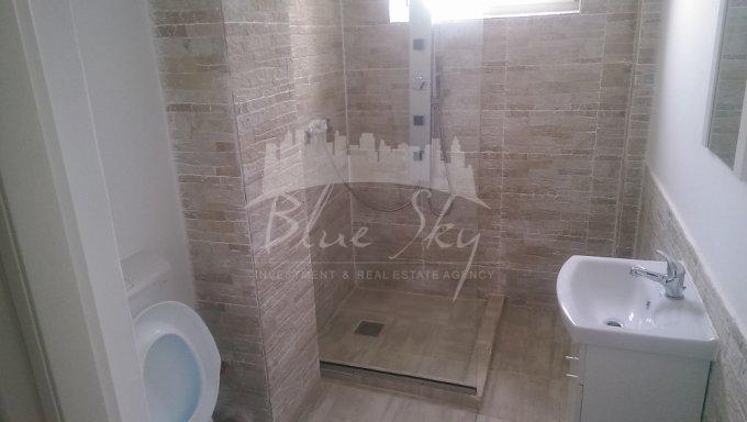 Apartament de vanzare in Constanta cu 3 camere, cu 2 grupuri sanitare, suprafata utila 103 mp. Pret: 77.000 euro negociabil.