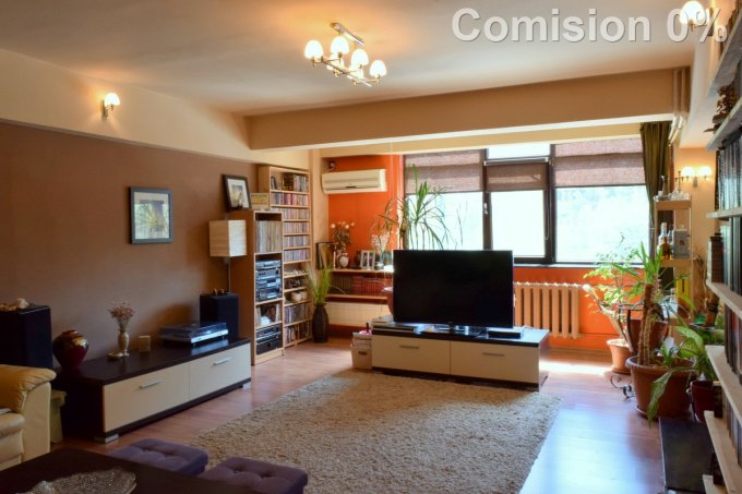 Apartament vanzare Constanta 3 camere, suprafata utila 84 mp, 2 grupuri sanitare, 1  balcon. 86.000 euro. Etajul 1 / 4. Destinatie: Rezidenta. Apartament Tomis Nord Constanta