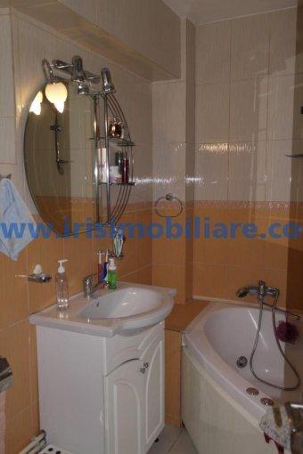 Constanta, zona Centru, apartament cu 3 camere de inchiriat, Mobilat lux