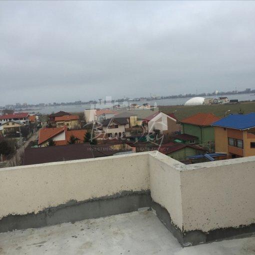 Apartament vanzare Elvila cu 3 camere, etajul 4, 2 grupuri sanitare, cu suprafata de 200 mp. Constanta, zona Elvila.