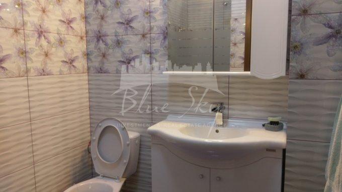 Apartament de vanzare direct de la agentie imobiliara, in Constanta, in zona Tomis 2, cu 87.000 euro negociabil. 2 grupuri sanitare, suprafata utila 72 mp.