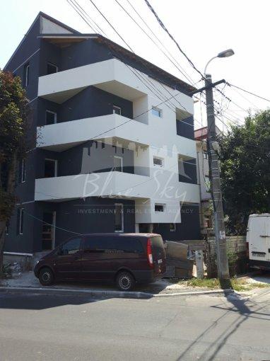 Apartament de inchiriat in Constanta cu 3 camere, cu 2 grupuri sanitare, suprafata utila 70 mp. Pret: 300 euro negociabil.