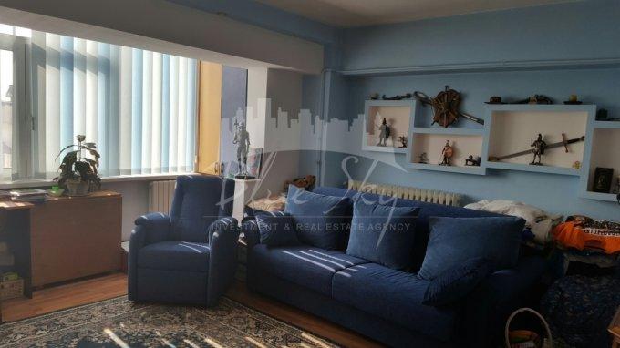 vanzare Apartament Constanta cu 3 camere, cu 2 grupuri sanitare, suprafata utila 80 mp. Pret: 63.000 euro negociabil.