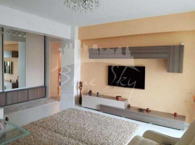 vanzare Apartament Constanta cu 3 camere, cu 2 grupuri sanitare, suprafata utila 95 mp. Pret: 79.000 euro negociabil.