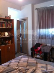 vanzare apartament cu 3 camere, decomandat, in zona Kamsas, orasul Constanta