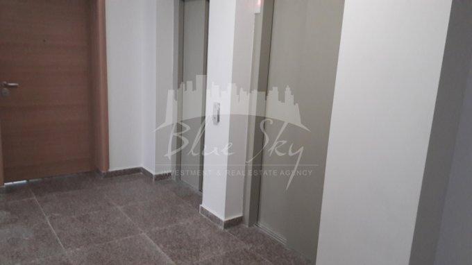 Apartament vanzare Constanta 3 camere, suprafata utila 101 mp, 2 grupuri sanitare. 116.600 euro negociabil. Etajul 3. Apartament Statiunea Mamaia Constanta