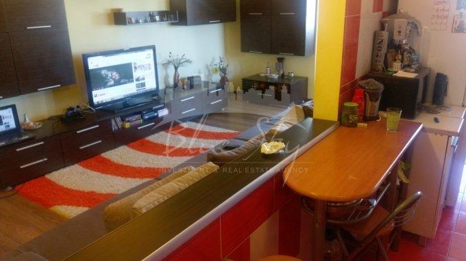 vanzare Apartament Constanta cu 3 camere, cu 2 grupuri sanitare, suprafata utila 95 mp. Pret: 85.000 euro negociabil.