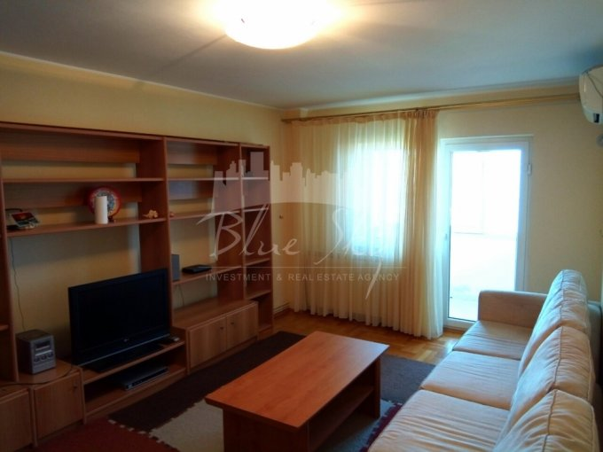 Apartament de inchiriat direct de la agentie imobiliara, in Constanta, in zona Soleta, cu 600 euro negociabil. 2 grupuri sanitare, suprafata utila 85 mp.