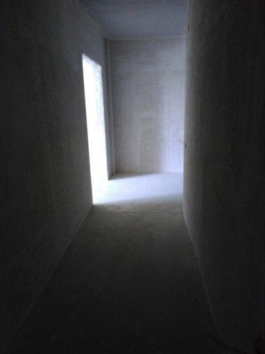 vanzare Apartament Constanta cu 3 camere, cu 2 grupuri sanitare, suprafata utila 90 mp. Pret: 80.000 euro. Incalzire: Centrala proprie a locuintei.