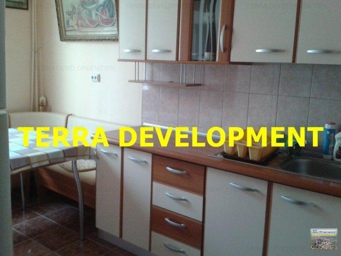 vanzare Apartament Constanta cu 3 camere, cu 1 grup sanitar, suprafata utila 70 mp. Pret: 71.000 euro.