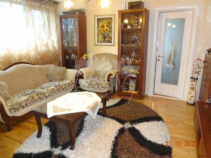 Apartament de vanzare direct de la agentie imobiliara, in Constanta, in zona Primo, cu 97.000 euro negociabil. 2 grupuri sanitare, suprafata utila 90 mp.