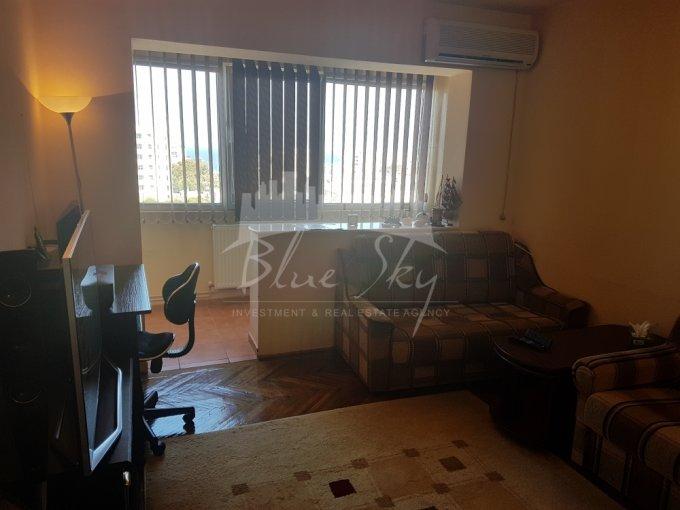 vanzare Apartament Constanta cu 3 camere, cu 2 grupuri sanitare, suprafata utila 80 mp. Pret: 74.000 euro negociabil.
