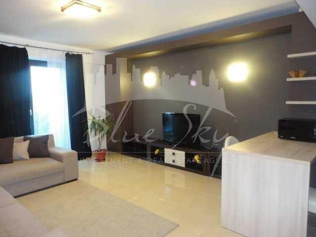 Apartament inchiriere Constanta 3 camere, suprafata utila 101 mp, 2 grupuri sanitare. 600 euro. Etajul 5. Apartament Statiunea Mamaia Constanta