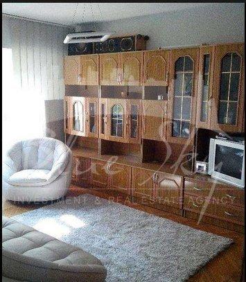 Apartament de vanzare direct de la agentie imobiliara, in Constanta, in zona ICIL, cu 70.000 euro negociabil. 2 grupuri sanitare, suprafata utila 78 mp.