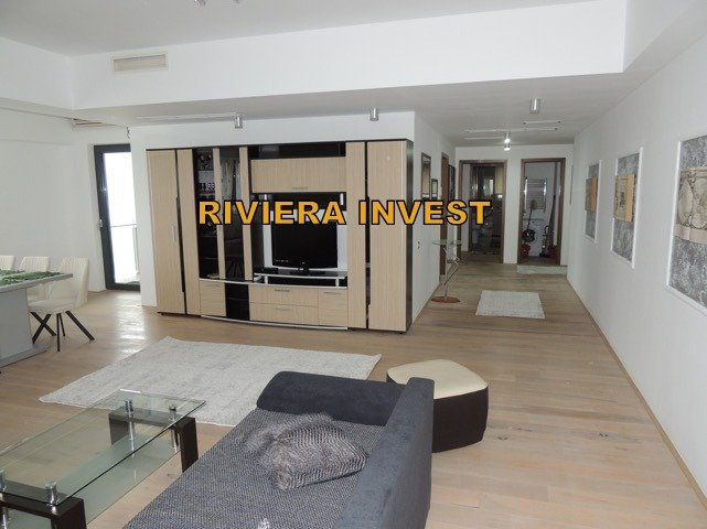 Apartament inchiriere Constanta 3 camere, suprafata utila 187 mp, 3 grupuri sanitare, 1  balcon. 1.000 euro. Etajul 6 / 12. Destinatie: Rezidenta, Vacanta. Apartament Faleza Nord Constanta