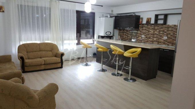 Apartament de inchiriat in Constanta cu 3 camere, cu 2 grupuri sanitare, suprafata utila 130 mp. Pret: 600 euro.