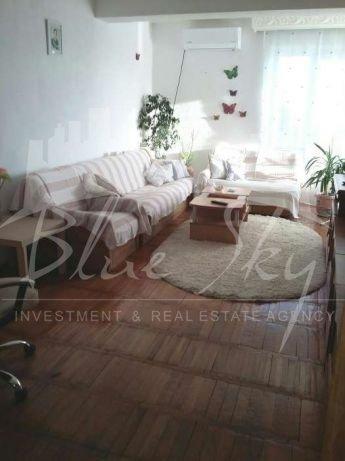 Apartament de vanzare in Constanta cu 3 camere, cu 2 grupuri sanitare, suprafata utila 80 mp. Pret: 95.000 euro negociabil.