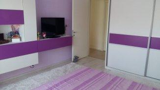 vanzare apartament cu 3 camere, semidecomandat, in zona Ultracentral, orasul Constanta