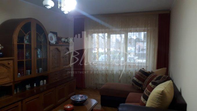 Apartament vanzare Constanta 3 camere, suprafata utila 80 mp, 2 grupuri sanitare. 73.000 euro negociabil. La Parter. Apartament Inel 2 Constanta