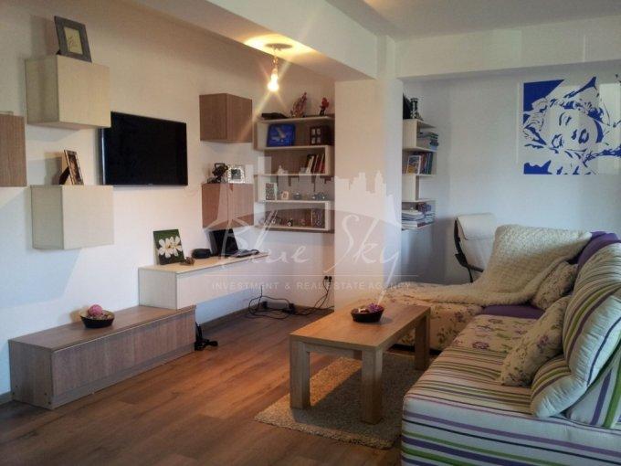 Apartament vanzare Primo cu 3 camere, la Parter, 2 grupuri sanitare, cu suprafata de 140 mp. Constanta, zona Primo.