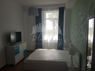 vanzare apartament decomandat, zona Statiunea Mamaia, orasul Constanta, suprafata utila 80 mp
