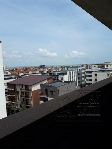 Apartament de vanzare in Constanta cu 3 camere, cu 2 grupuri sanitare, suprafata utila 68 mp. Pret: 61.000 euro. Usa intrare: Metal.