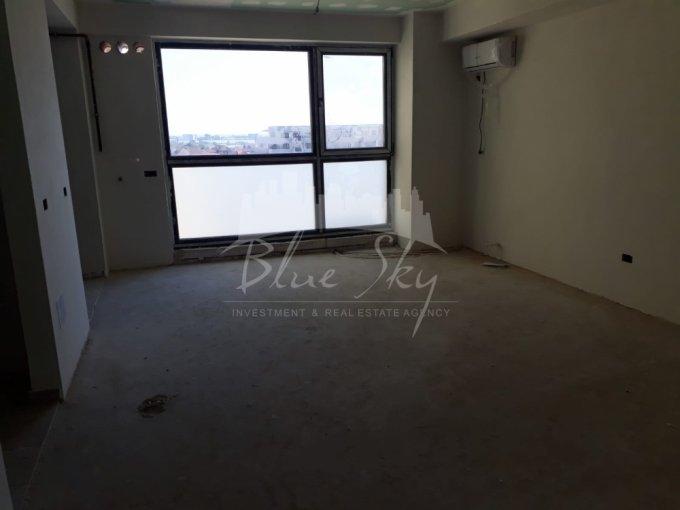Apartament de vanzare in Constanta cu 3 camere, cu 2 grupuri sanitare, suprafata utila 90 mp. Pret: 75.000 euro.