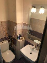 vanzare apartament decomandat, zona Tomis 3, orasul Constanta, suprafata utila 80 mp