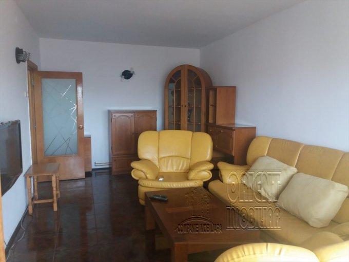 Apartament de inchiriat direct de la agentie imobiliara, in Constanta, in zona Gara, cu 375 euro. 1  balcon, 2 grupuri sanitare, suprafata utila 75 mp. Mobilat.