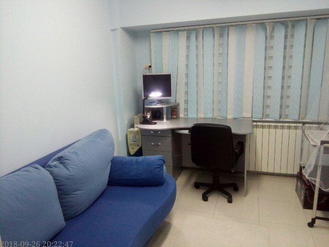 Apartament inchiriere Tomis Mall cu 3 camere, etajul 6 / 7, 2 grupuri sanitare, cu suprafata de 70 mp. Constanta, zona Tomis Mall. Mobilat lux.