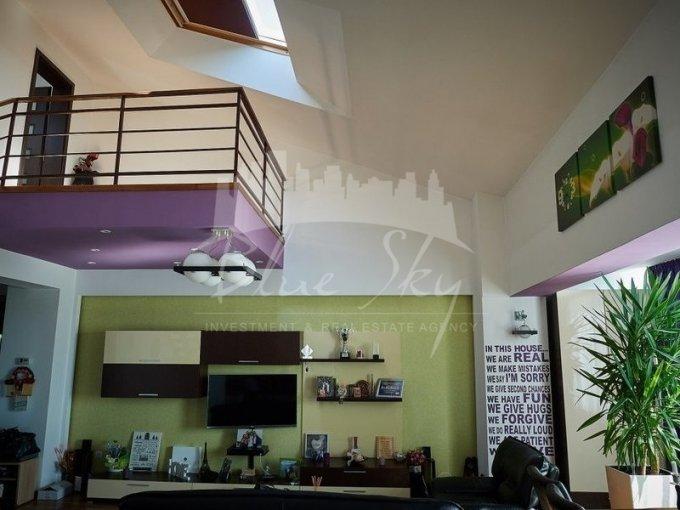 Apartament vanzare Inel 2 cu 3 camere, etajul 4, 2 grupuri sanitare, cu suprafata de 109 mp. Constanta, zona Inel 2.