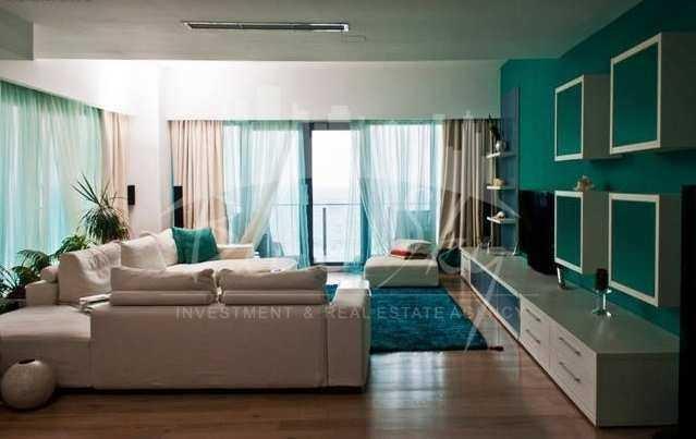 inchiriere Apartament Constanta cu 3 camere, cu 2 grupuri sanitare, suprafata utila 185 mp. Pret: 1.100 euro.