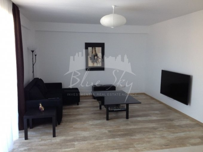 Apartament de inchiriat in Constanta cu 3 camere, cu 2 grupuri sanitare, suprafata utila 86 mp. Pret: 588 euro.
