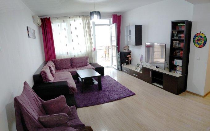 Apartament vanzare Tomis Plus cu 3 camere, etajul 5 / 5, 2 grupuri sanitare, cu suprafata de 72.82 mp. Constanta, zona Tomis Plus.